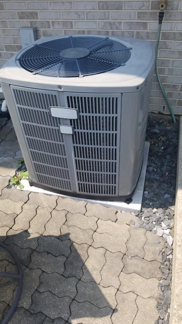 Lynwood, IL - Repair airconditioning unit