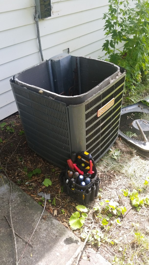 Gary, IN - Airconditioner call . Replace fan motor