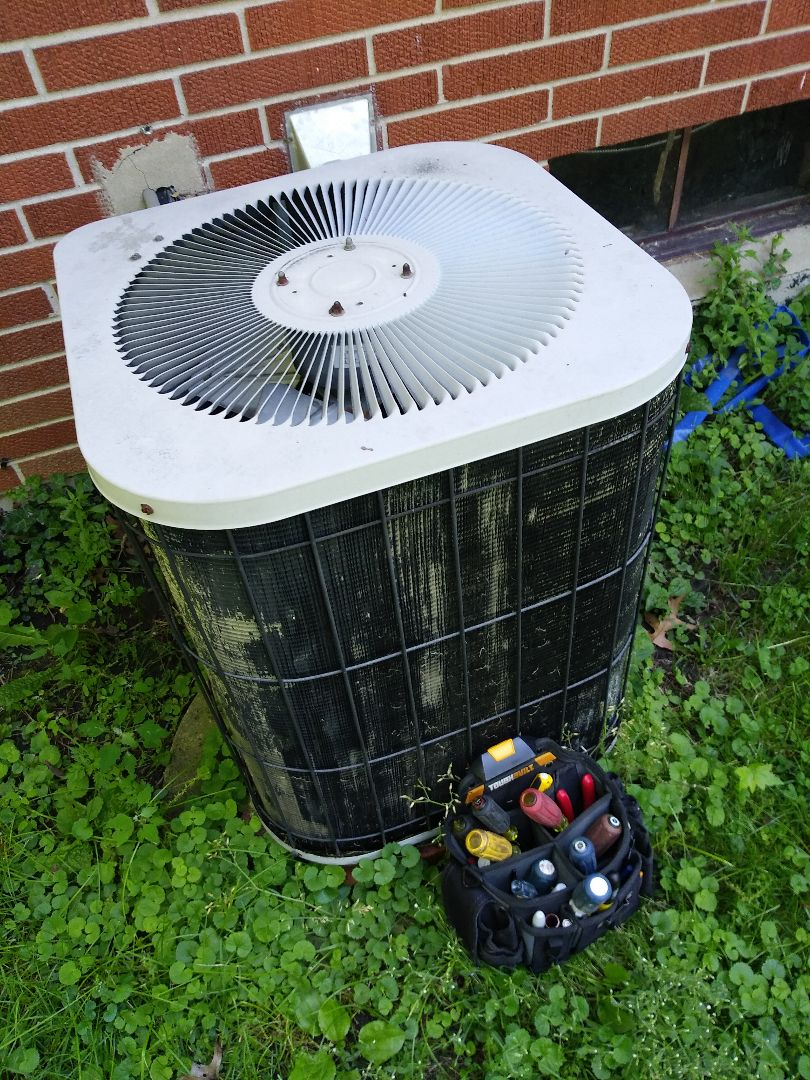 Merrillville, IN - Airconditioning maintenance..