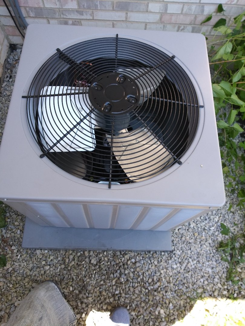 Richton Park, IL - Rheem Airconditioning unit installation