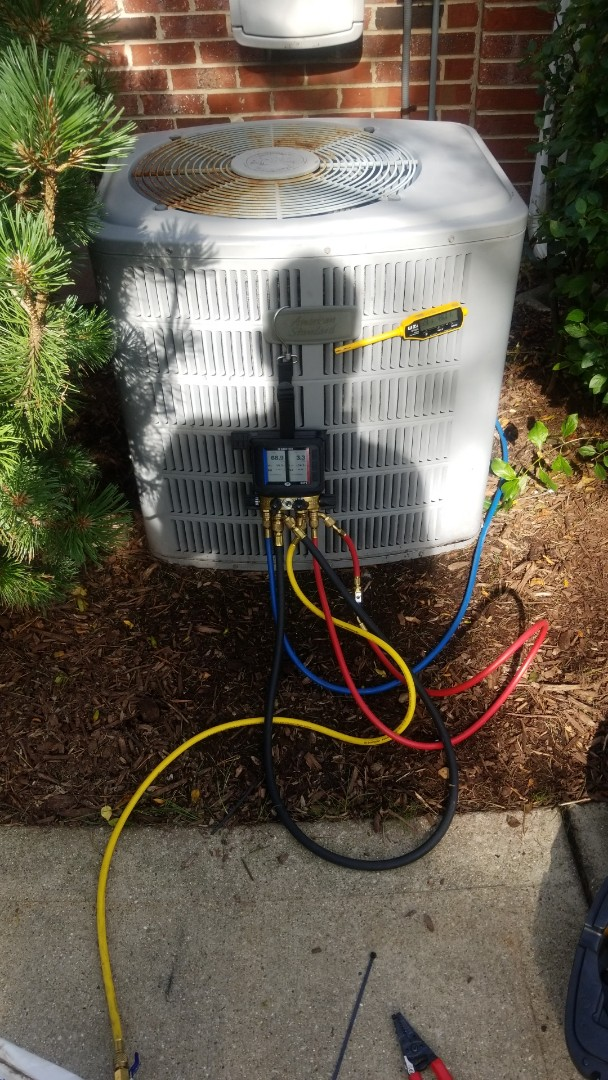 Tinley Park, IL - Airconditioning maintenance on American Standard.. add - R-22