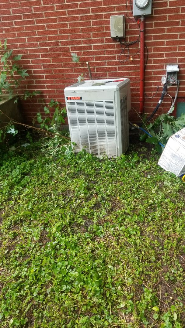 Merrillville, IN - Airconditioning repair on Trane air conditioner