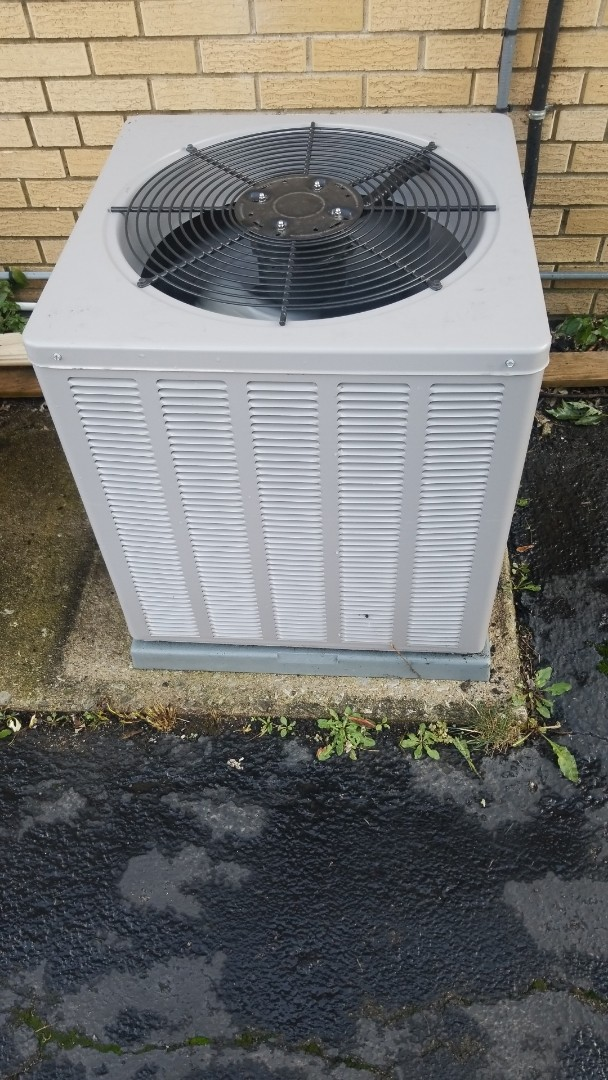 Homewood, IL - Airconditioning clean & check