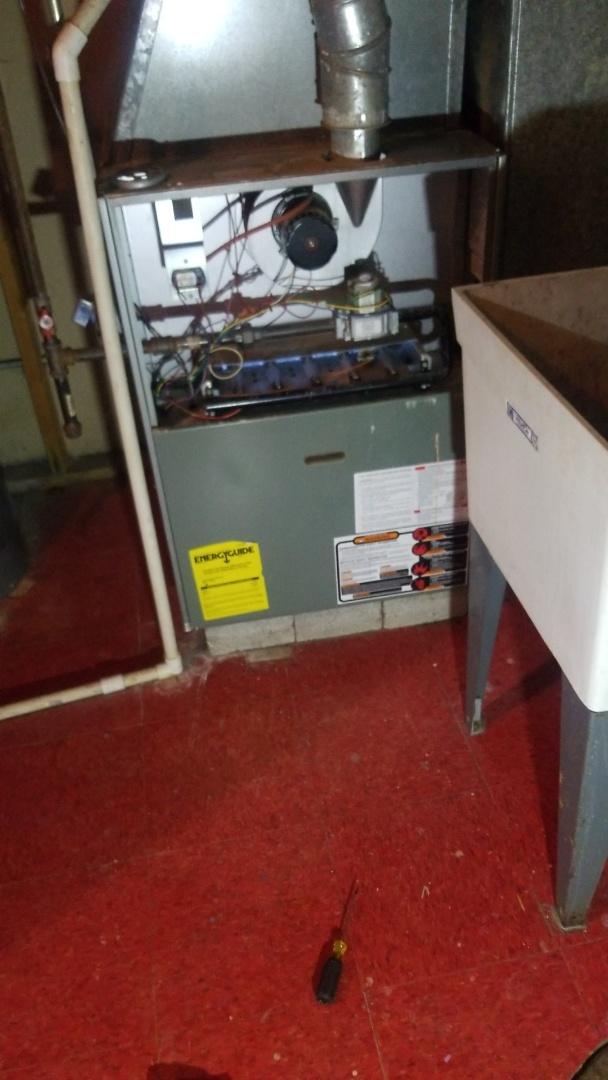 Lynwood, IL - Furnace repair on Rheem furnace