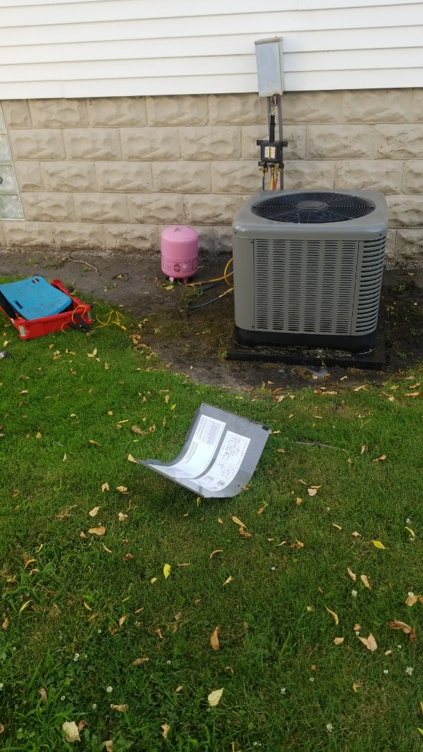 Calumet City, IL - Airconditioning cleaning & check