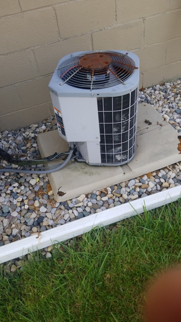 Merrillville, IN - Airconditioning repair on Carrier