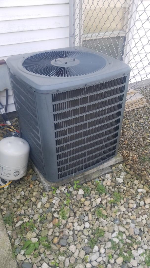 Munster, IN - Airconditioning maintenance on Goodman