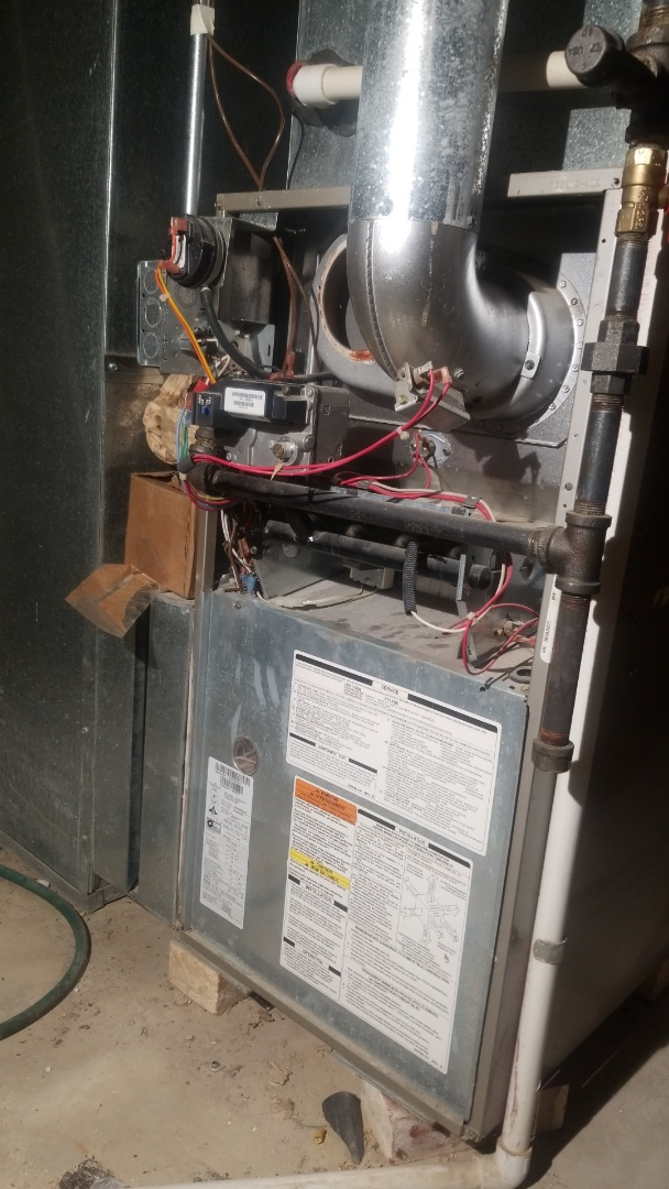Furnace repair on Carrier furnace in Country Club hills