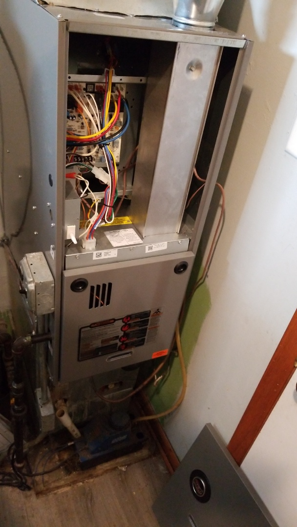 Sauk Village, IL - Install new 80% counterflow Ruud gas furnace