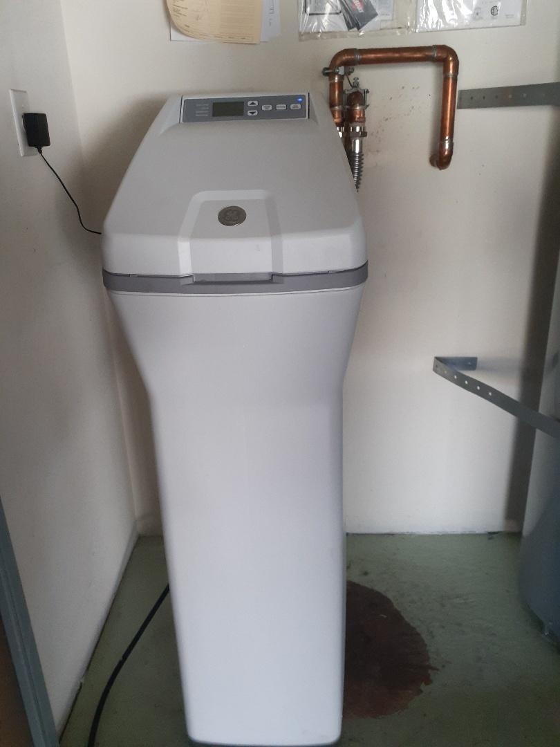 Ripon, CA - GE Water softener replacement.