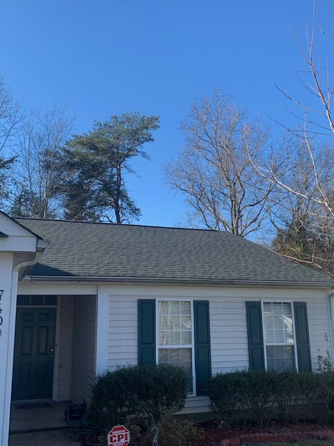 "Charlotte, NC - Just a peak of this beautiful GAF ""Timberline"" HDZ roof"