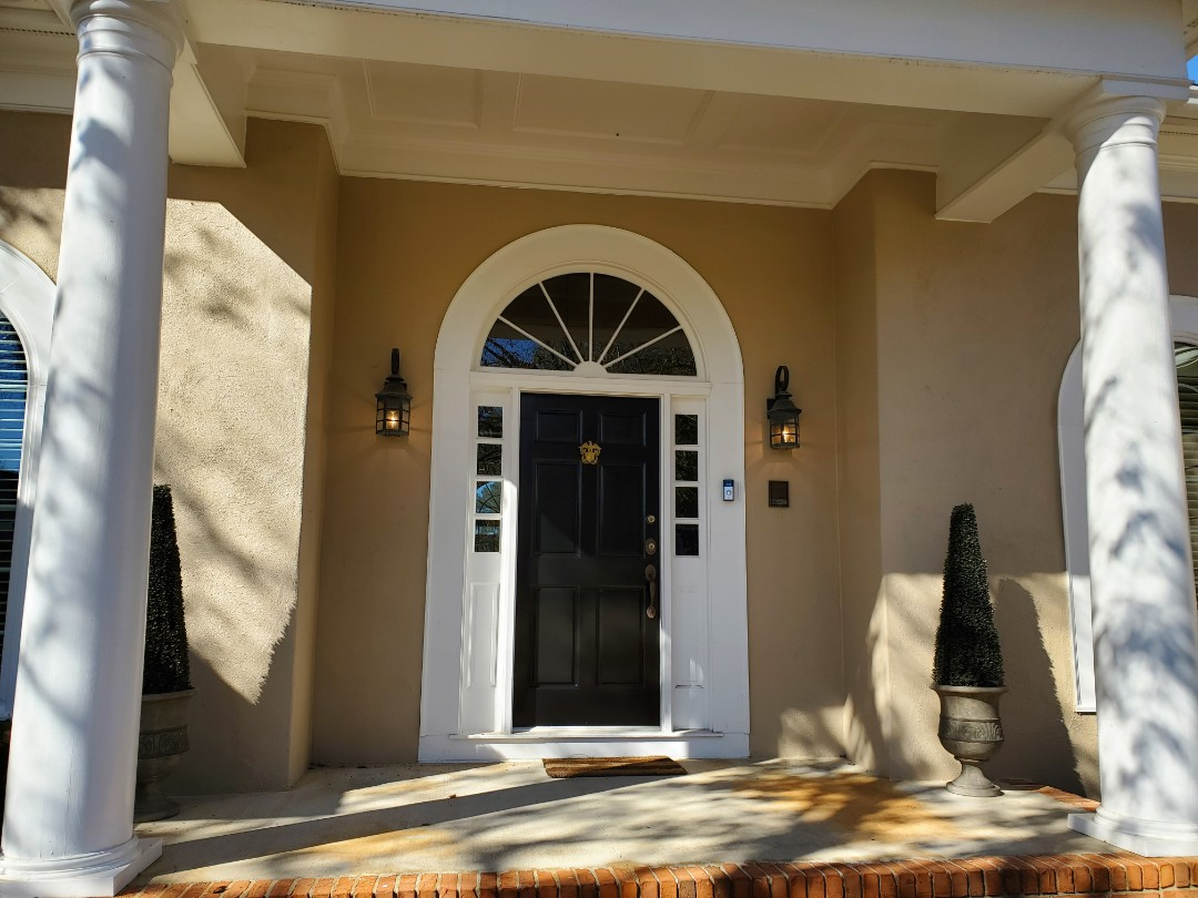 Fayetteville, GA - Repaired a customer's front door lights, so that they could continue to work for another 20 years.