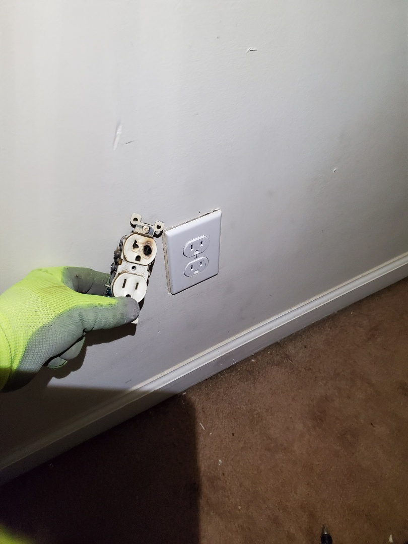Atlanta, GA - Customer had a burnt up receptacle from a space heater being used in their bedroom. Space heaters need their own dedicated circuit.