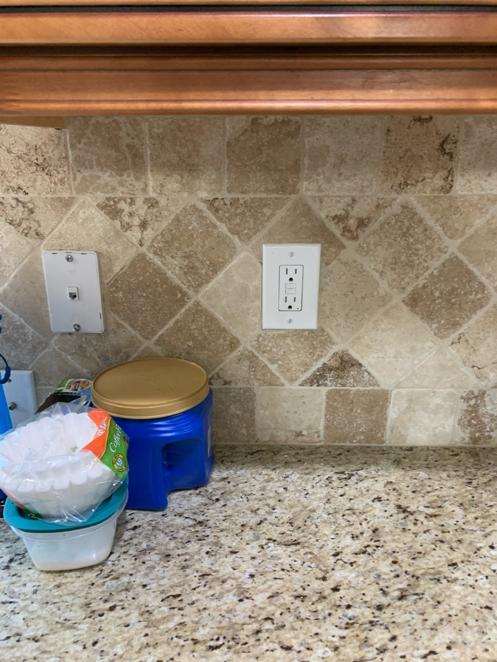 Fayetteville, GA - Helped a customer with loss of power kitchen GFCI outlet needed to be replaced.