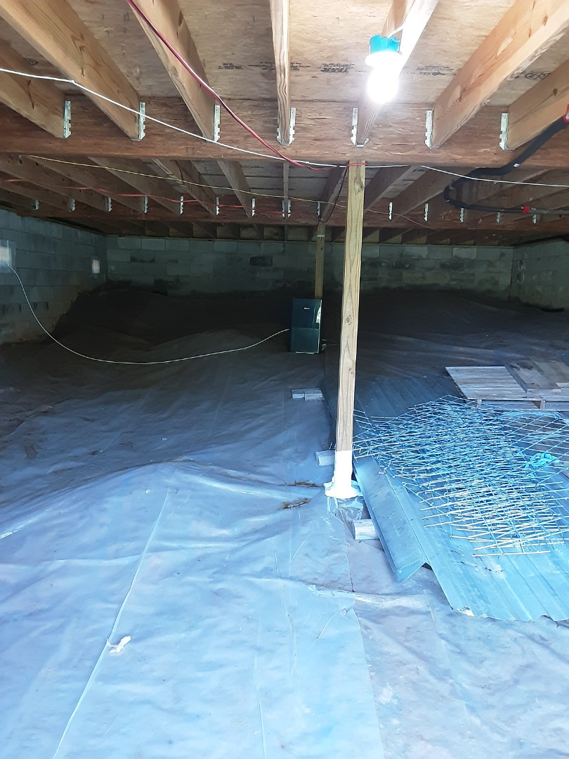 Fayetteville, GA - Customer had a circuit tripping while using a crawlspace dehumidifier.    Needs its own circuit due to its size.