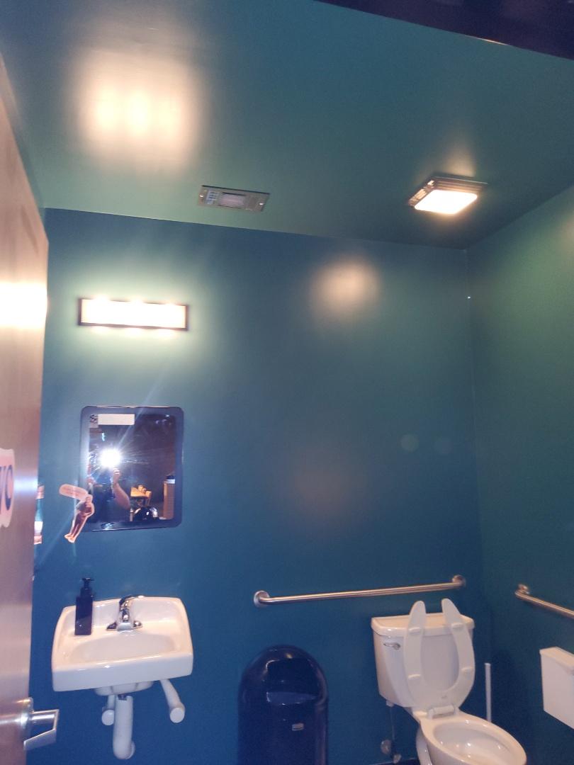 Newnan, GA - Commercial lighting maintenance
