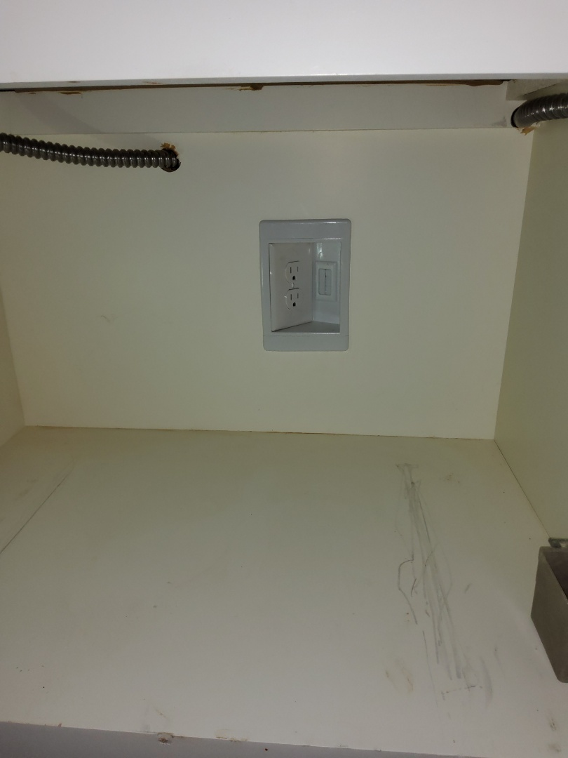 Newnan, GA - Installing cabinet outlets