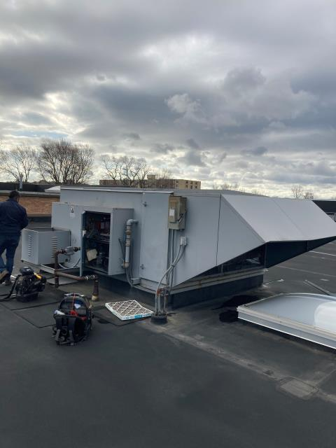 Lincolnwood, IL - Commercial make up air repair