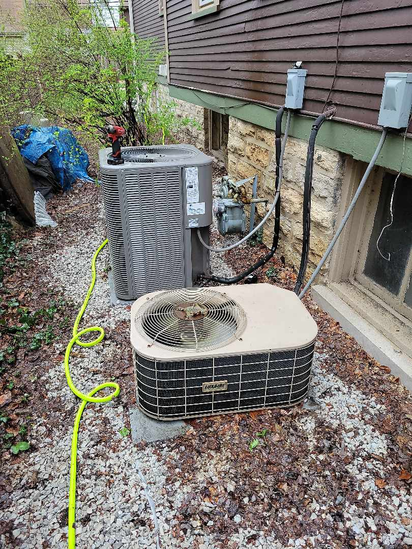 Oak Park, IL - Maintenance Done On Two Units, Getting Ready For Summer.