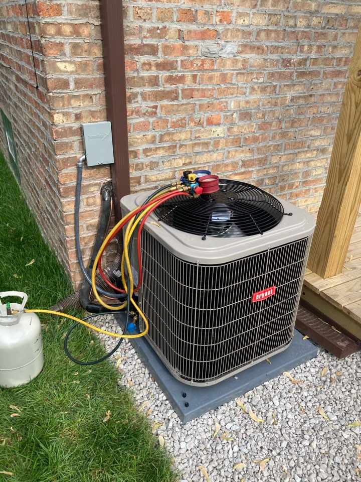 Chicago, IL - Client never had an AC unit installed on their single family home. We finished a brand new air conditioning installation!