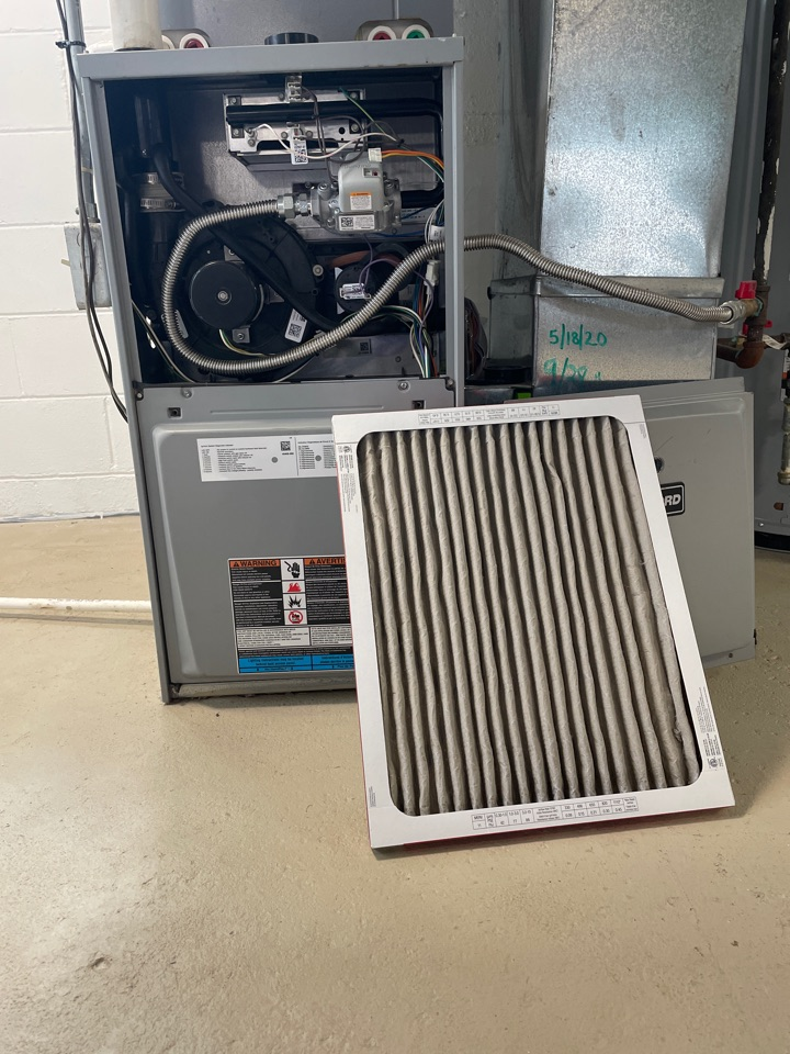 Monroe, MI - Furnace tune up or maintenance on a concord furnace.