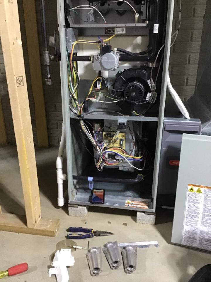 Lambertville, MI - Furnace tune up on an American standard furnace