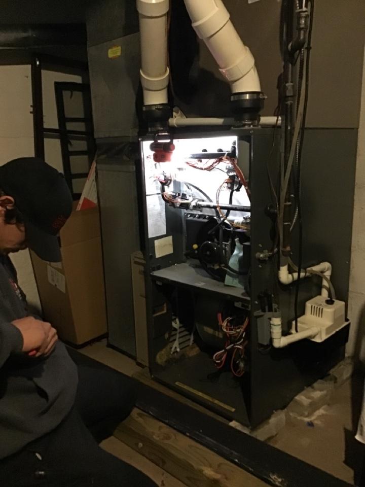 Monroe, MI - Heat repair on an Amana furnace, flame sensor repair