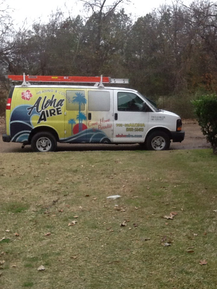 Queen City, TX - Performed leak search on AC low refrigerant