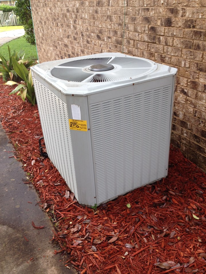 Queen City, TX - Performance AC tune up on two Trane heat pump systems.