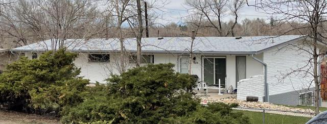 Lakewood, CO - Just reroofed a home in Lakewood Colorado with Owens Corning Duration TruDefinition asphalt shingle in Shasta White.