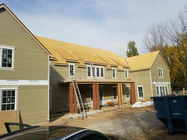 Englewood, CO - We completed the installation of Alaskan Yellow Cedar shake also known as Yellow Cyrpess shake on this beautiful new construction in Cherry Hills, Colorado.