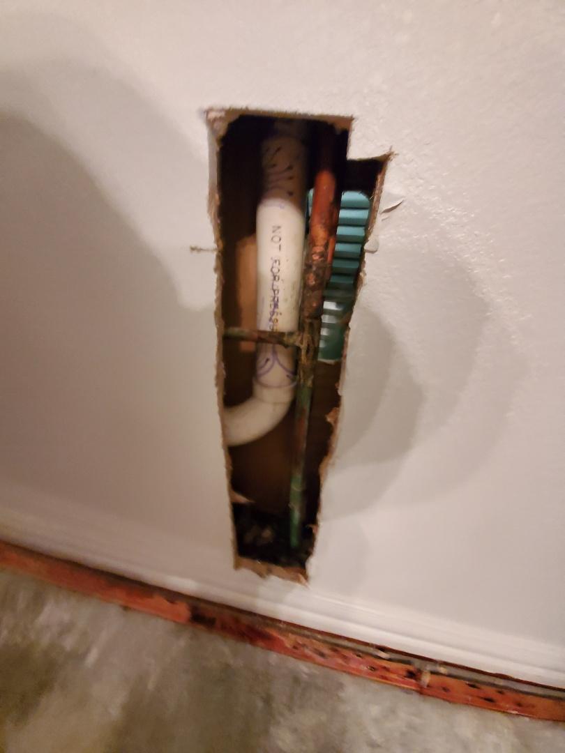 Corinth, TX - Plumber near me; leak in wall near me