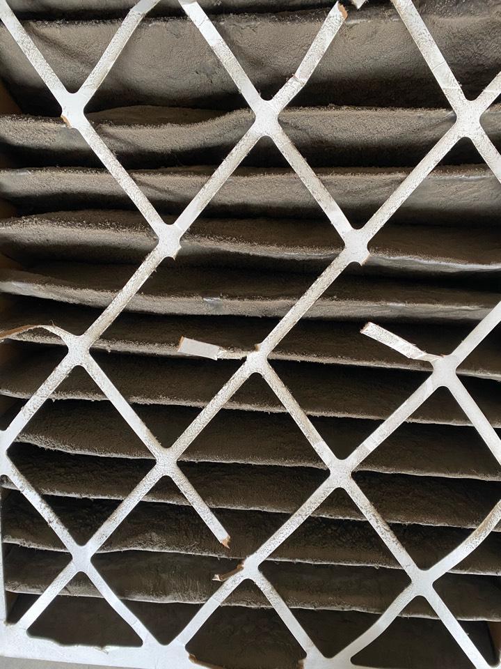 Denton, TX - Service Call: Heat pump system freezing  up