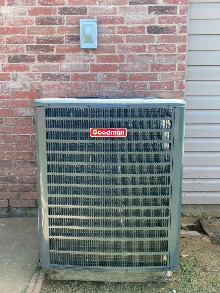 Aubrey, TX - Installation of a 3 ton heat pump system.