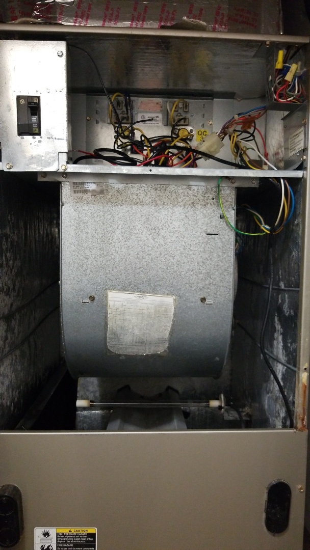 Miami Gardens, FL - Replacement evaporator fan motor unit carrier