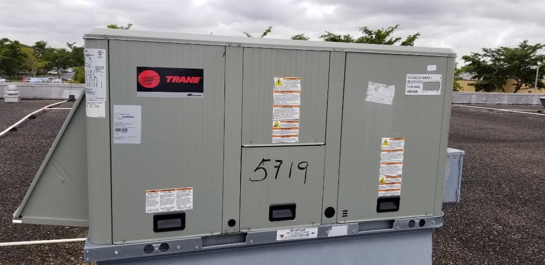 Miami Lakes, FL - Service maitenance 2 unit tranne 4 ton