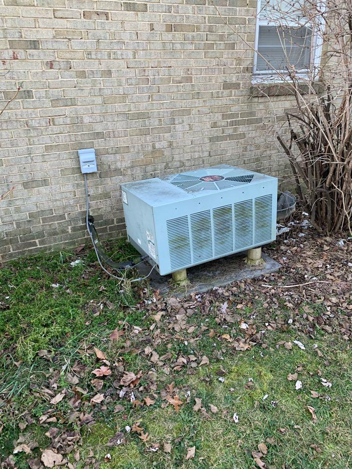 Stephens City, VA - Heat Pump service call. Performed Heat Pump repair on RUUD.