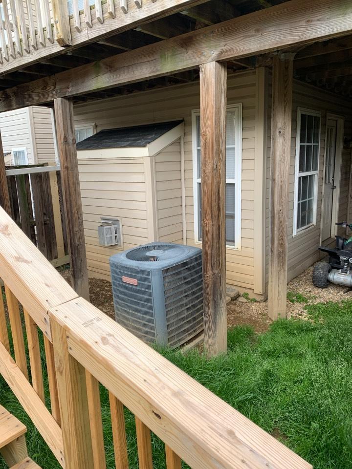 Stephens City, VA - Air conditioning maintenance call. Performed AC tune up on Goodman.