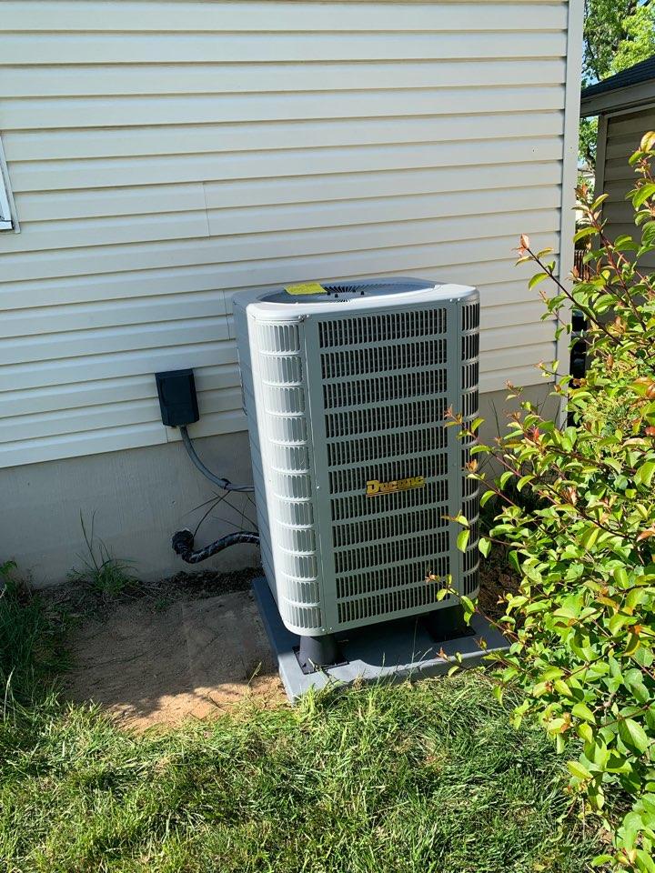 Winchester, VA - Heat Pump installation call. Performed Heat Pump install on Ducane.