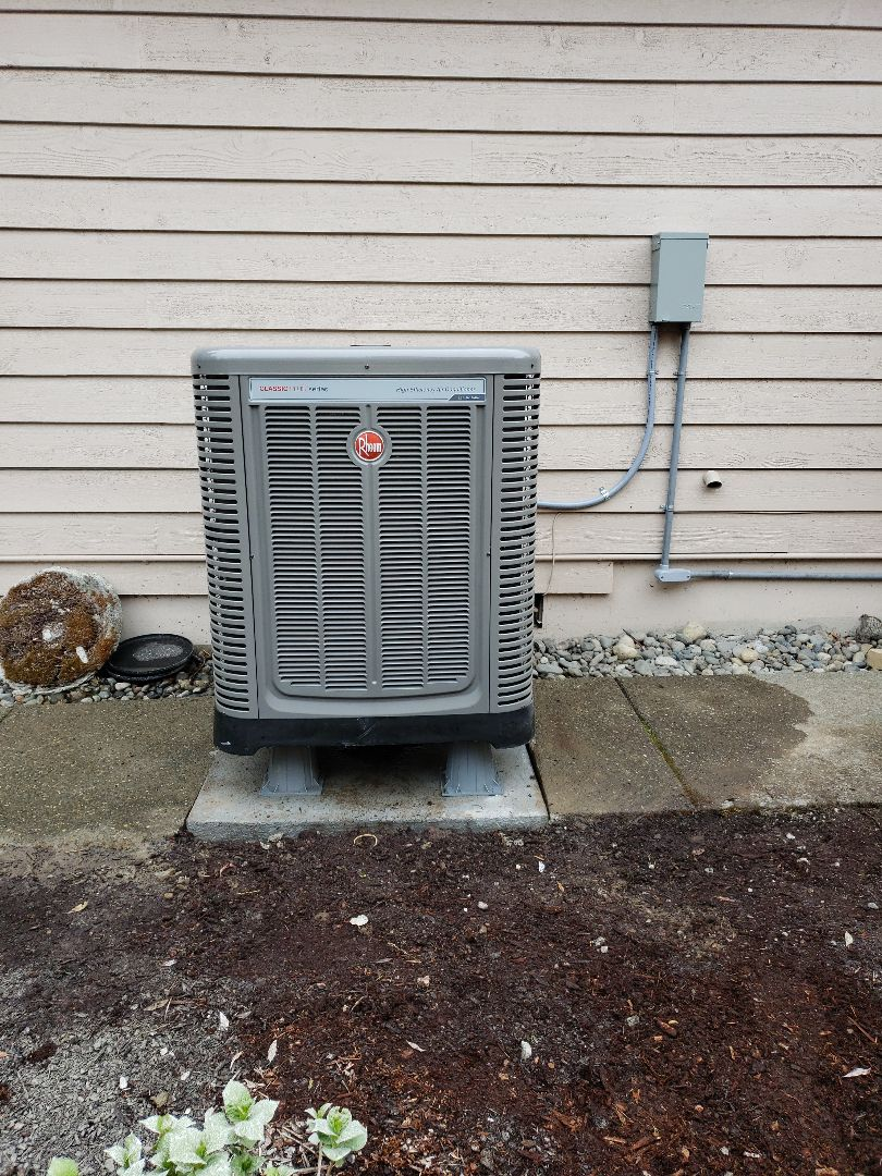 Federal Way, WA - Added air conditioning unit to existing gas furnace.
