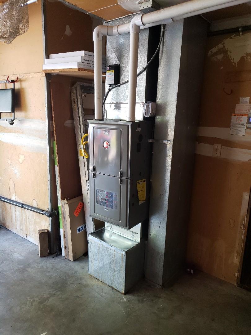 Kent, WA - Installing 95% rheem gas furnace