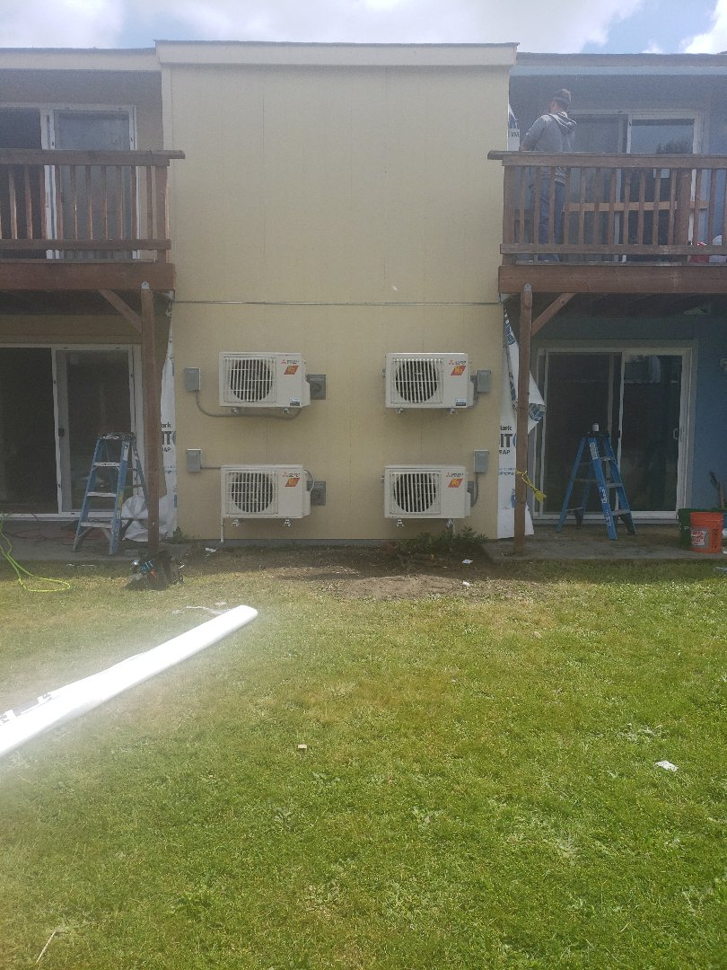 Tacoma, WA - Installed 4 Mitsubishi heat pumps.