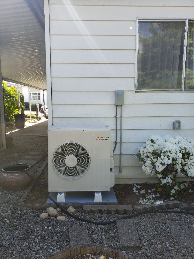 Kent, WA - Installed new Mitsubishi air handler.