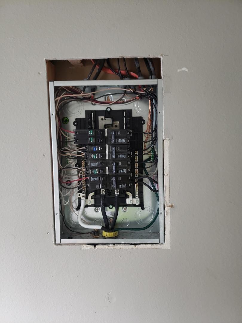 Tacoma, WA - Installed new 125 amp circuit breaker panel