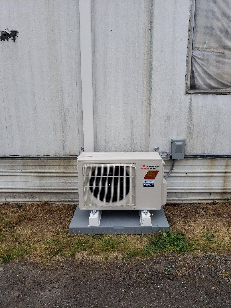 Tacoma, WA - Installed 12k heat pump.