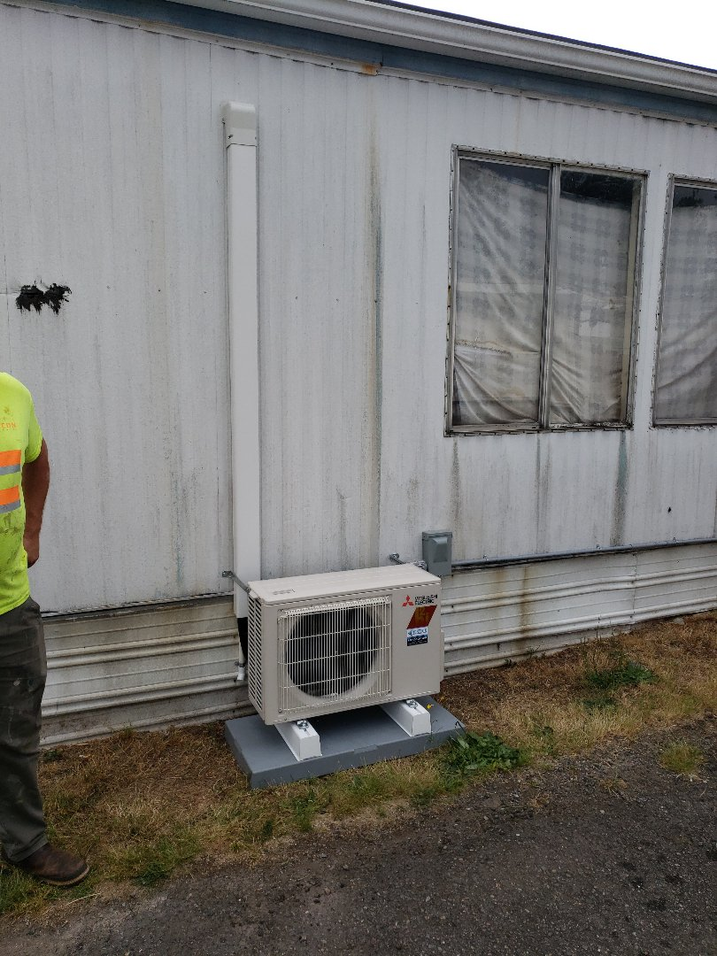 Tacoma, WA - Adding 12k hyper heat ductless system to a mobile home