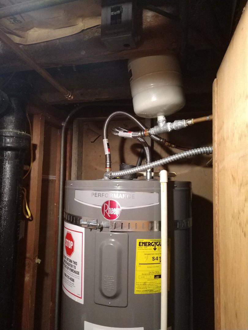 Tacoma, WA - Water heater install