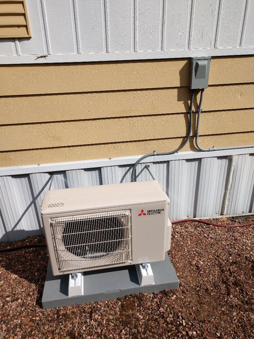 Auburn, WA - Mitsubishi ductless heat pump installation