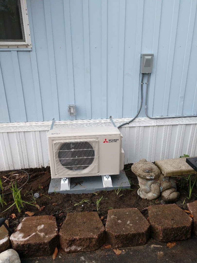 Federal Way, WA - Mitsubishi ductless heat pump installation