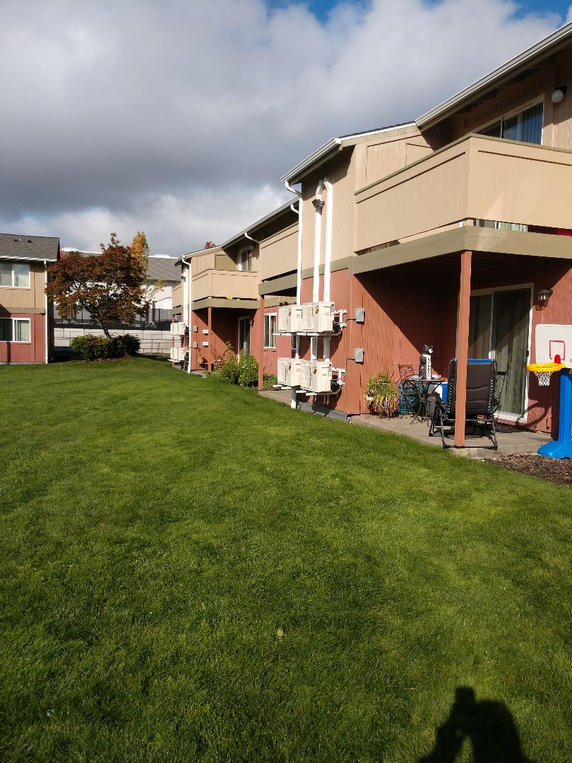 Lakewood, WA - Awesome multi family project. Mitsubishi ductless systems!